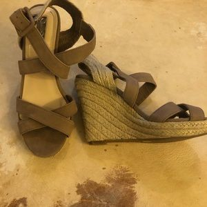 Jessica Simpson NEW wedge sandal size 6